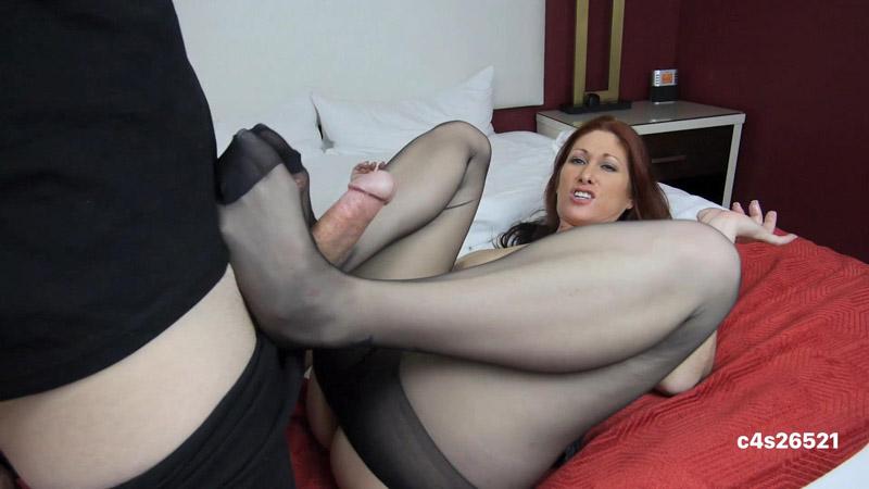 Step Mommy's Private Photos FJ BJ Pantyhose Sex – Tiffany Mynx