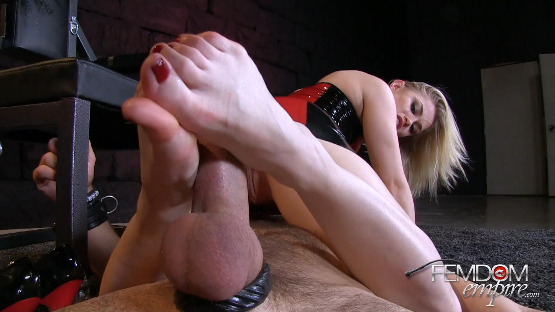 Size 5 Cock Tease – Femdom Empire_cover