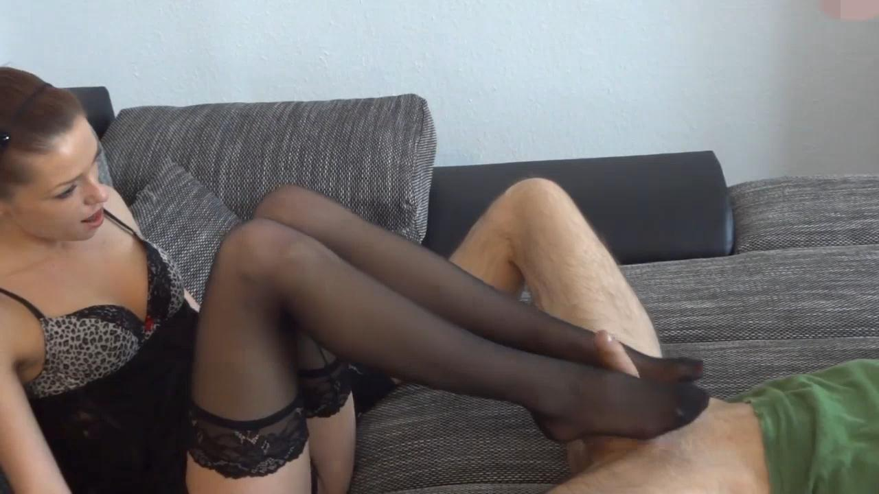 Stocking Footjob + Blowjob – Amateur_cover