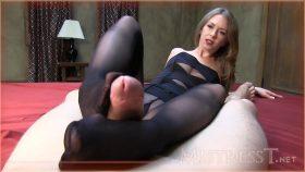 Pantyhose Footjob – Mistress – T