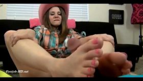 COW GIRL CLAIRE HEART'S FOOTJOB – The Foot Fantasy!!!