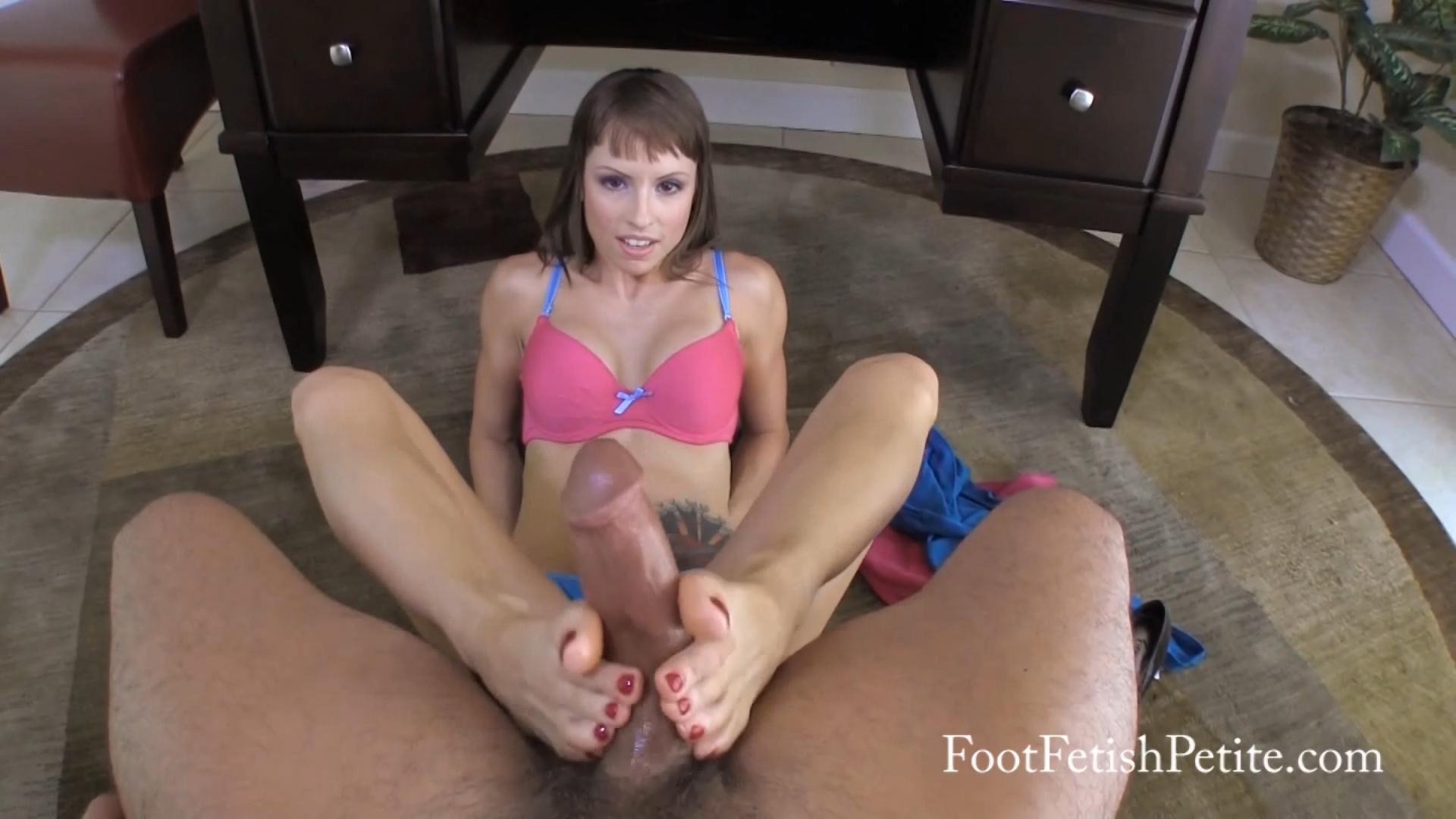 Amateur Lesbian Feet Worship