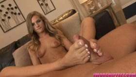 A Footjob from the Softest Feet Ever! – Barely Legal Foot Jobs – Sydney Cole