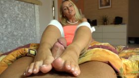 Rule is the rule! Your cum is only for your mom!!! – Kathia Nobili Girls