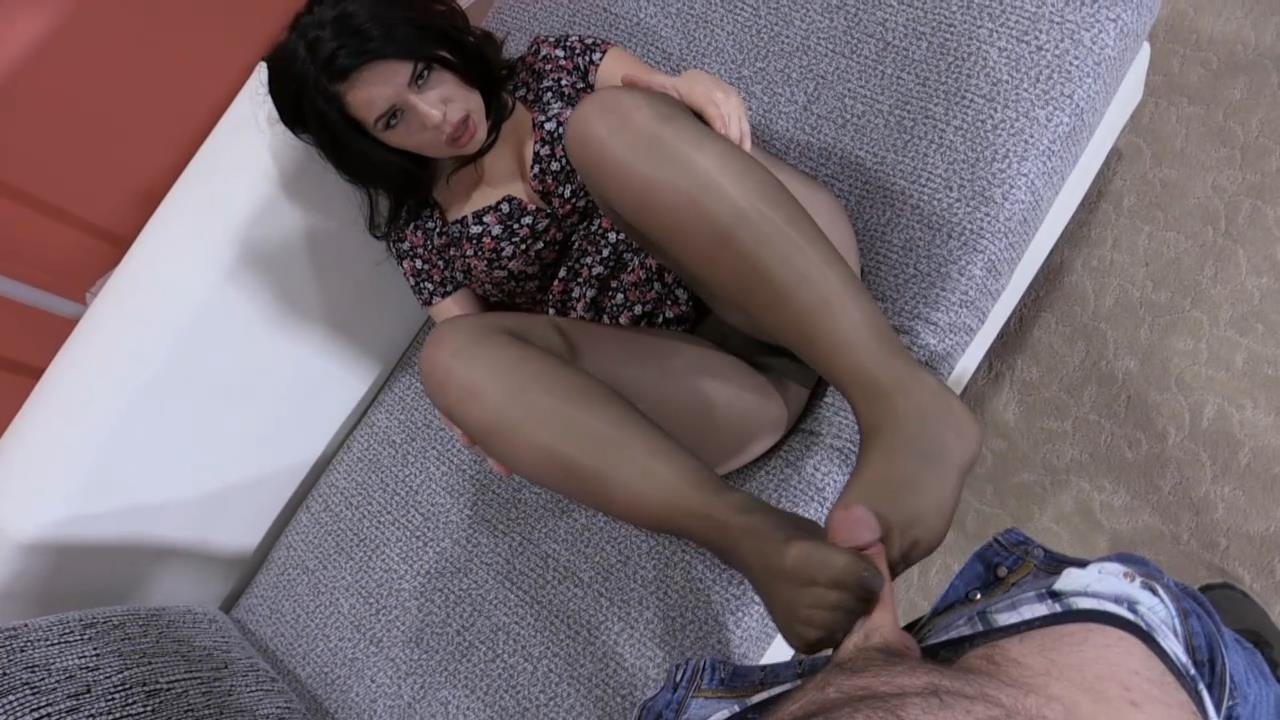 BELLE NOIRE'S POV FOOTJOB 2 – JB Video