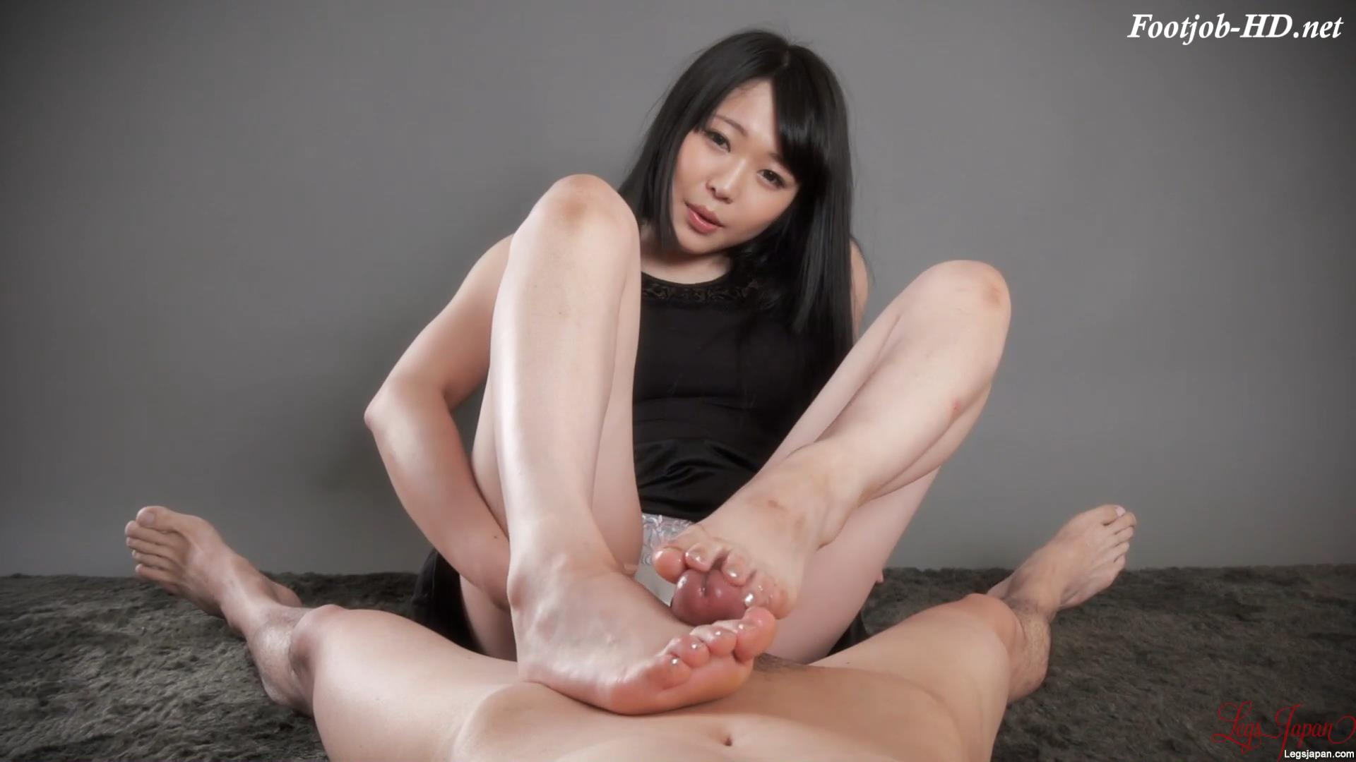 Footjob in Black Dress – Legs Japan – Yui Kawagoe