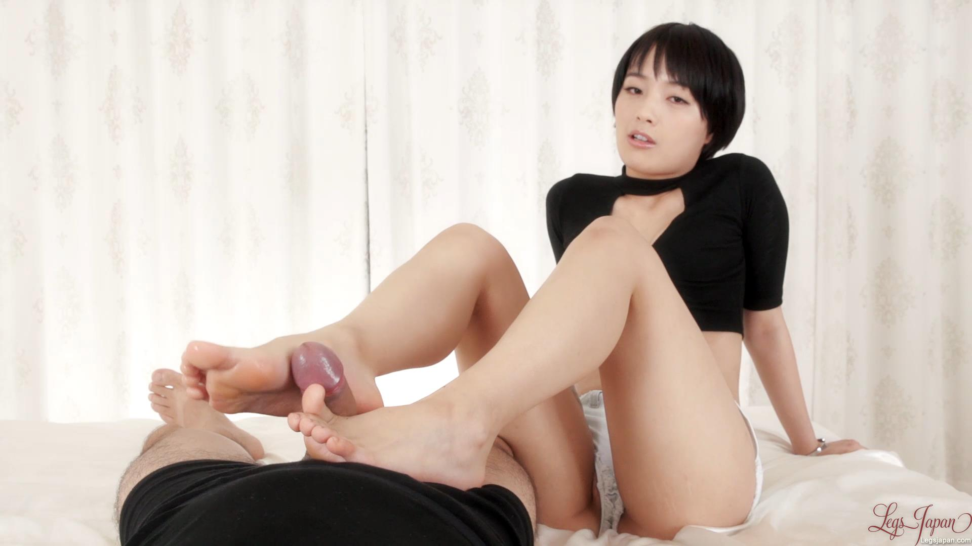 Footjob in Short Shorts – Legs Japan – Ai Mukai