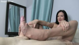 Sheer Hose Footjob – Vancouver Kinky Dominatrix – Miss Jasmine