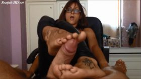 1064 video footjob – Moanavoglia