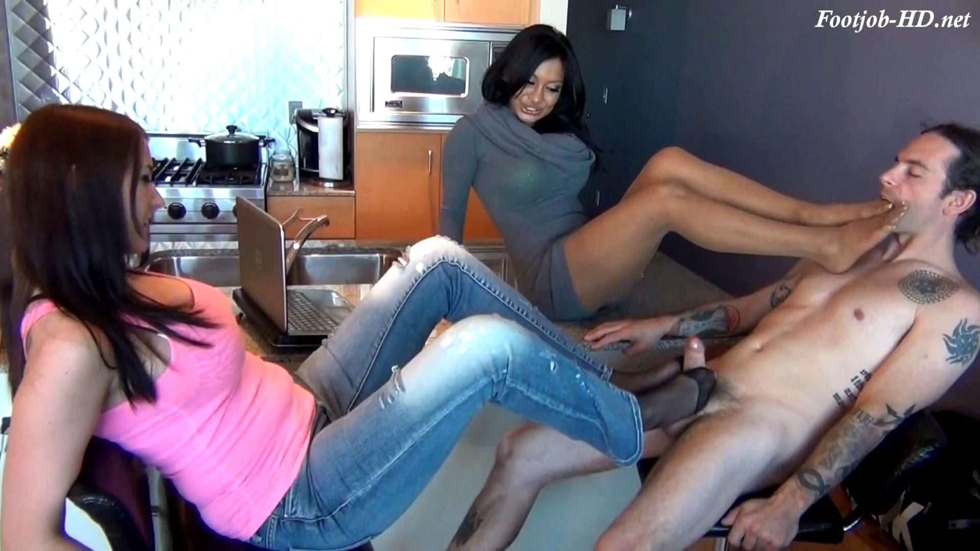 Nanny Shows Sister The Cure For Brothers ADD With Footjob – Bratty Babes Own You – Jasmine Shy, Alexis Grace