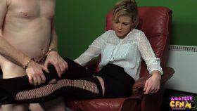 Stocking Leg Job – Amateur CFNM – Nadia Elaina