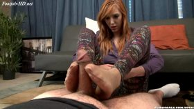 Lauren Phillips Hostess Footjob Revenge – Bratty Babes Own You