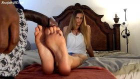 Jennifer's First Footjob – Aspire For Life