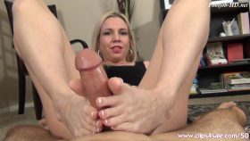 Babysitter Footjob – EXTREME FEET CLIPS – Jessica Taylor
