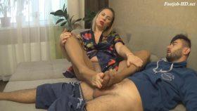 Pantyhose Encased Footjob 2 – Sexy Janin