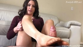 Return Of Principal Cleo Footjob Compromise – Bratty Babes Own You