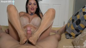 Mommy's Footjob Made Me Explode On Her Wolford's – Butt3rflyforu