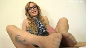 JENNY JETT REAL ESTATE AGENT PANTYHOSE FOOTJOB – The Foot Fantasy!!!