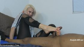 Vicky Vixxx Fantasy Foot Job Cum True! – FetishExhibit