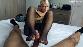 CHEATING WIFE FOOTJOB – UNCHAINED PERVERSIONS GONZO – Rossella Visconti