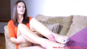 Cucky Foot Boi II: Cuckolding – Mandy Flores