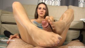 Caught Sniffing Sleepy Stepmom Sadie's Feet Footjob – Bratty Babes Own You – Sadie Holmes