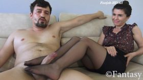 Mommy's Sweaty Feet – Fantasy