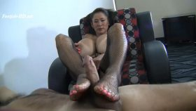 Weekend At Step-Mommies – Enormous Big Tit Asian Step-Mom Minka – Women on Top – of men
