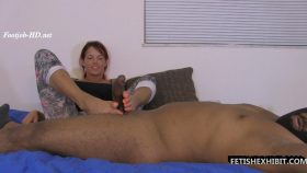 Ex-girlfriend gives a footjob – FetishExhibit – Bella Ink