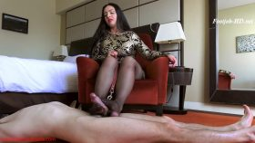 Owned and milked by My nylon clad feet – Mistress Ezada Sinn
