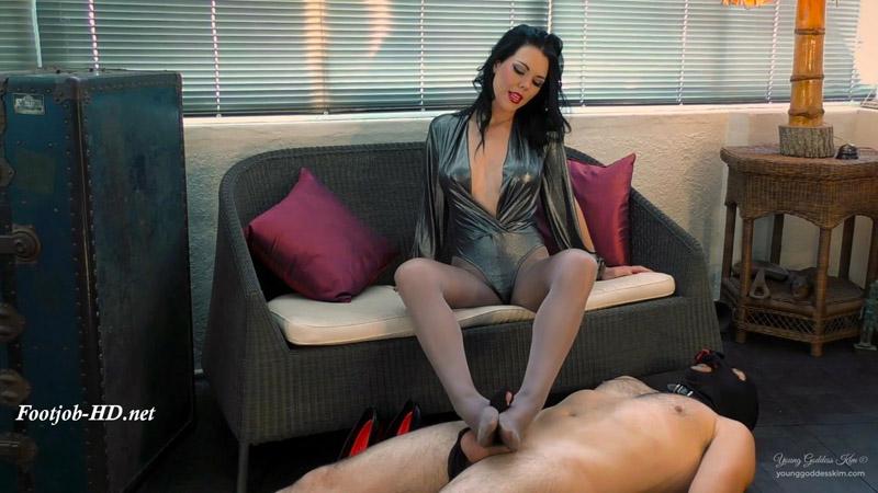 Pantyhose Tease – Young Goddess Kim