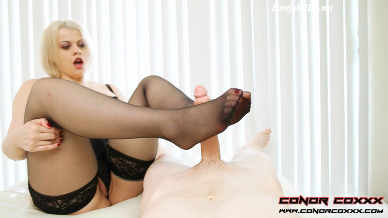 Silky Nylon Soles On Your Big Hard Cock Pantyhose FootJob with Nadia White – Conor Coxxx Clips