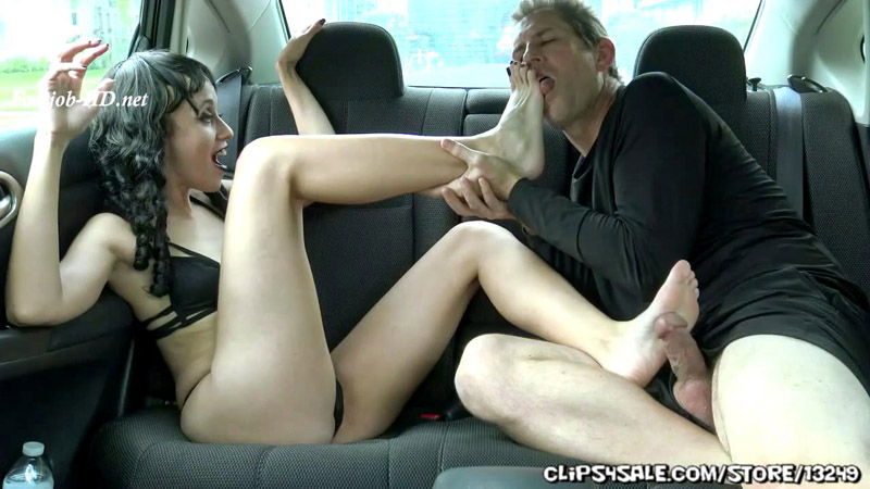 Onyx Rose in Back Seat Footjob – Foot Fetish by Rootdawg25
