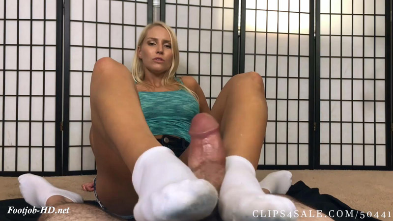 Vanessa Cage Dirty Stinky Sock Footjob – Bratty Babes Own You