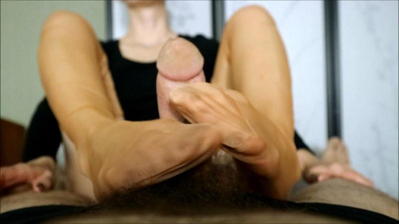 Retro nylon on shaking vibrating feet - HJ Goddess TEASE