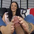 Sheena Ryder Milf Footjob – The Foot Fantasy!!!