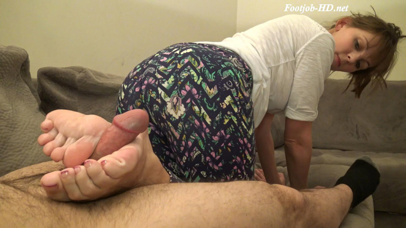 Reverse Footjob Cum Ass