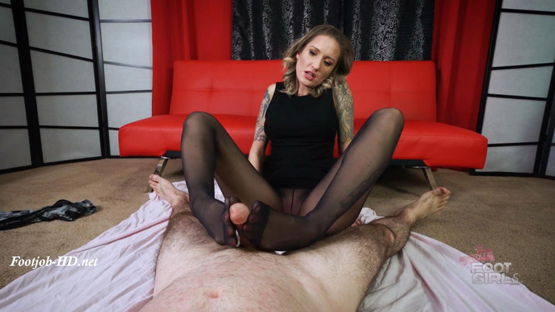 Reagan – Witches Handjob Revenge – Bratty Foot Girls – Reagan Lush