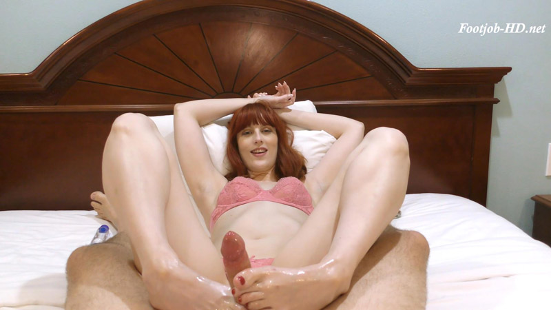 Alex Harper – Footjob – Virgo Studio