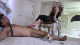 Foot Job Torture – The Mean Girls – Goddess Platinum