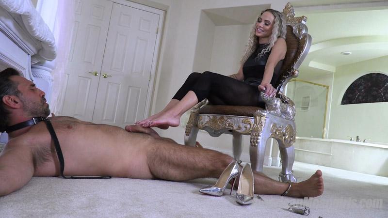 Foot Job Torture - The Mean Girls - Goddess Platinum