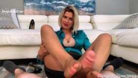 Caught Staring At Sleepy Mom Brandon Footjob – Bratty Babes Own You – Brandon Areana