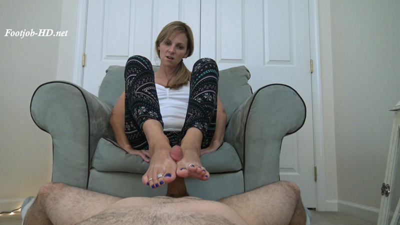 Rough Cock Stomping and Squishing Dominant Footjob – Kinky Foot Girl