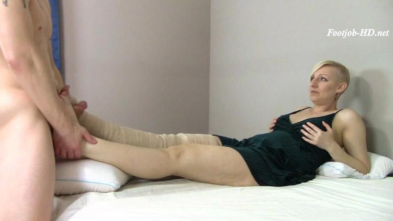 Taboo Foot Worship BJ Footjob Cum on Toe – Brittany Lynn