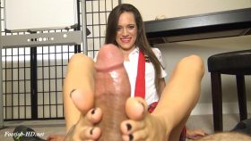 Dacey Harlot's School Girl Footjob For An A Grade – The Foot Fantasy!!!