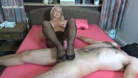 Stocking pantyhose footjob and cumshot – Gina Blonde