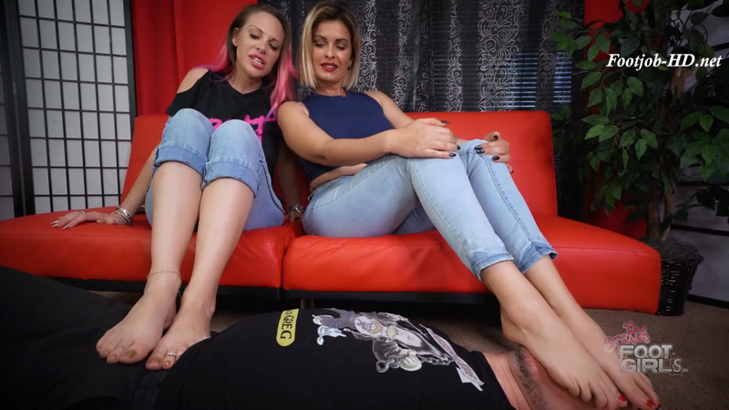 Vicky & Brandon – Stinky feet for him – Bratty Foot Girls – Vicky Vixxx, Brandon Areana