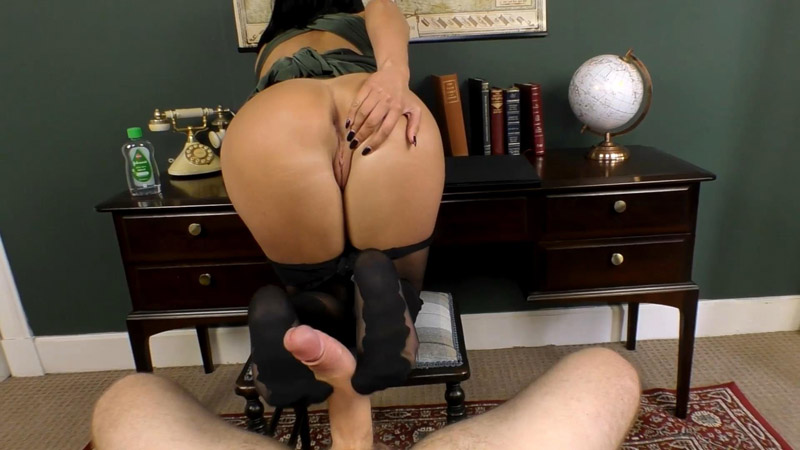 Another Employee Gets Taught A Lesson – Cassie Clarke