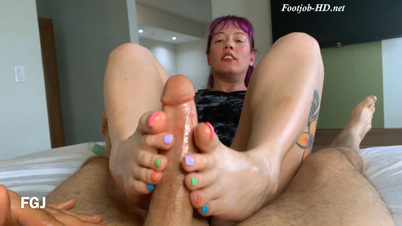 Nikki Always Wins! – Foot Guy James Footjobs