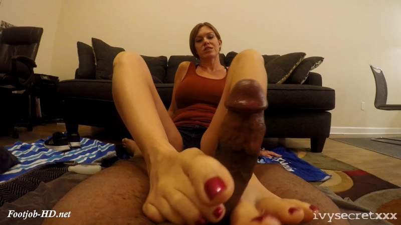 Ivy Gives A Fan 1st Footjob 2 - Ivy Secret